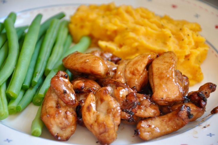 Mid week dinners always call for something easy to make but also really tasty too, just like my Honey Glazed Chicken, a Tefal ActiFry recipe.