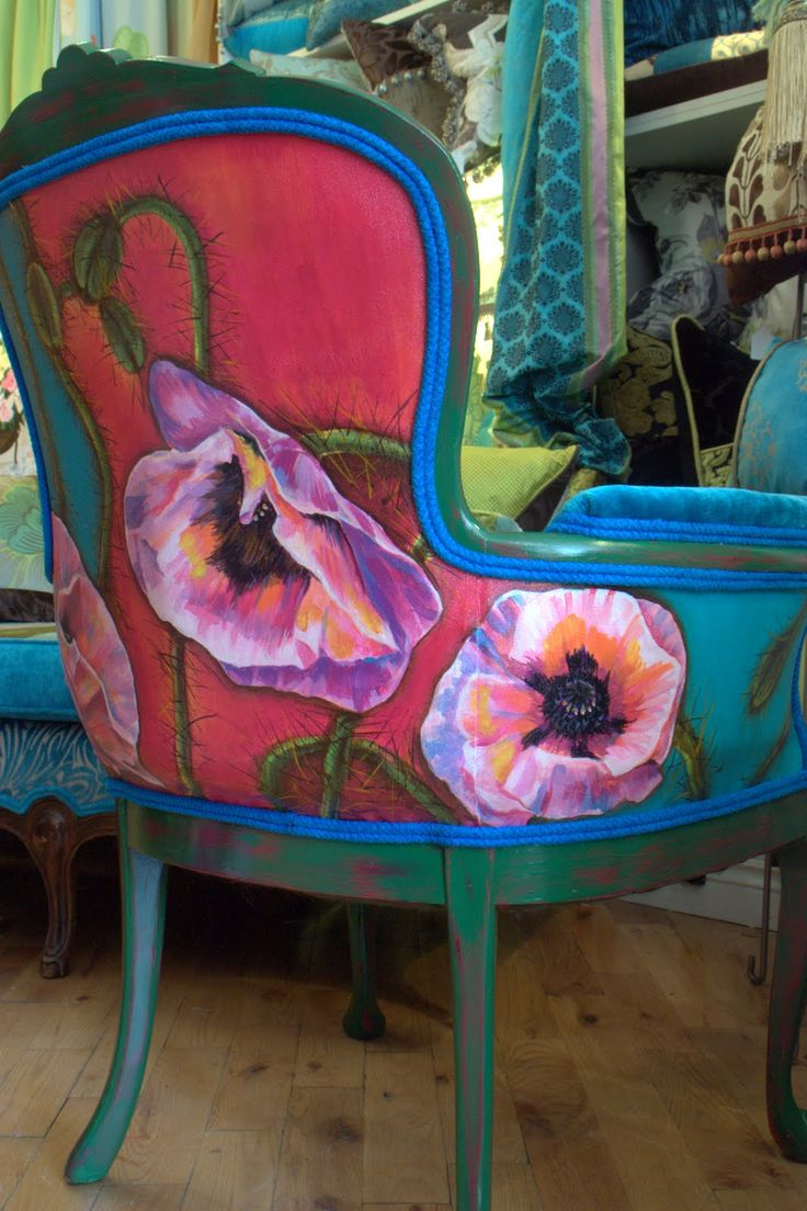 Reupholstered and Artcycled Vintage Chair | Upcycled Chair | #ArtcycledChair | #UpcycledChair