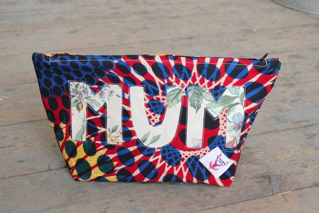 MUM Wash Bag