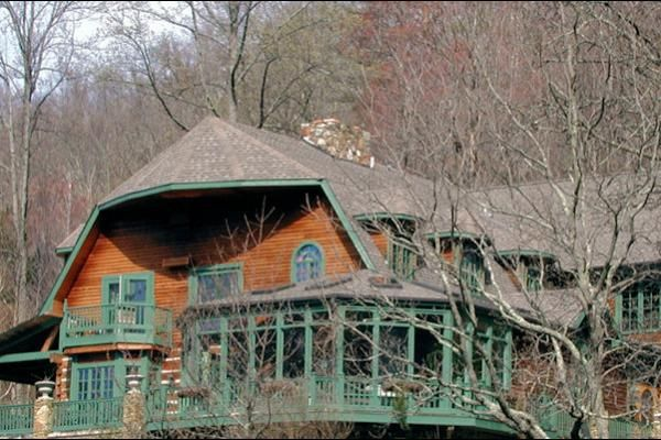 Top 25 ideas about cabin rentals near asheville nc on for Asheville cabin rentals pet friendly