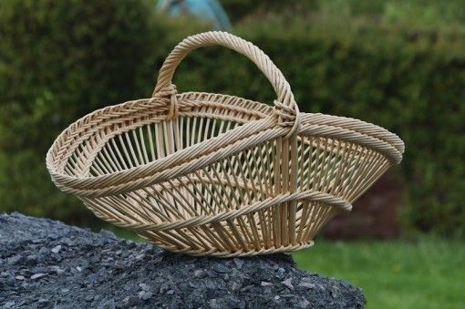 Philippe Guerinel I love the perigord baskets.  I watched them being made in villaines les rochers andthey are reallydifficult to make. They were used for carrying potatoes I'm told.
