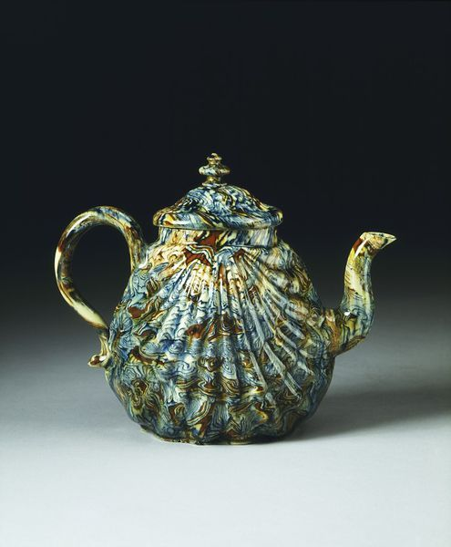 Teapot | 1740-60, Different coloured earthenwares (agate ware), with a lead glaze / Staffordshire, England