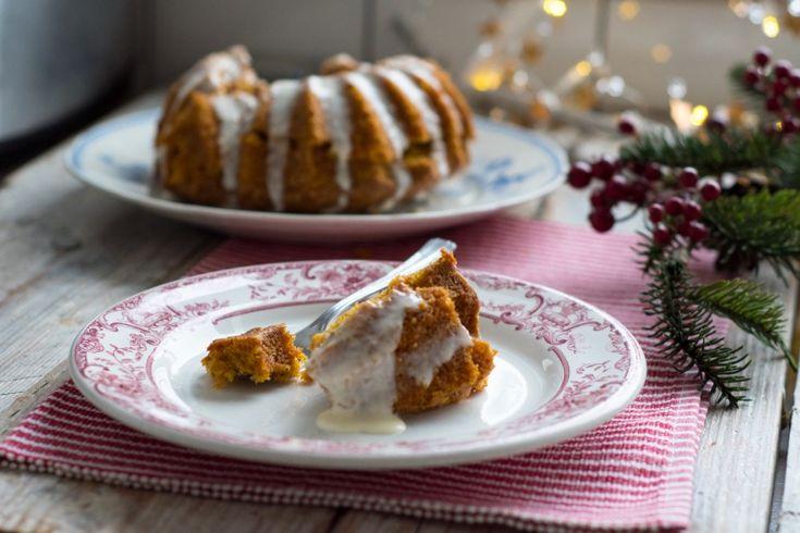 Korzenne ciasto marchewkowe