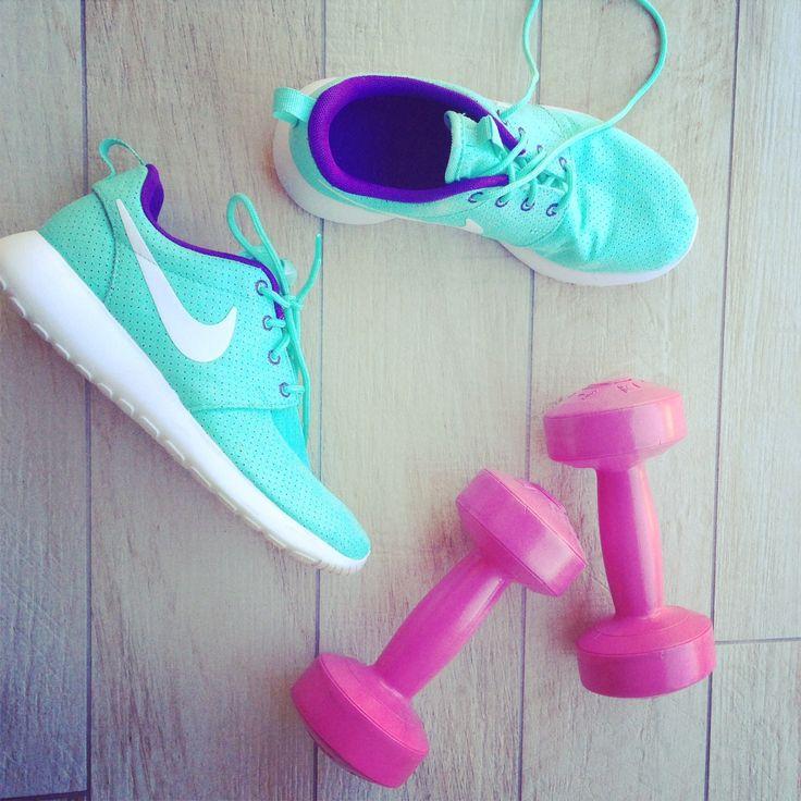 Run Forest Run......Love my new Nike Roshe Run #FashionBloggers #StyleNetwork #FashionPolice
