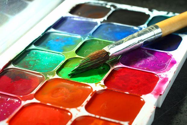 Faça sua própria tinta de aquarela com ingredientes da sua cozinha;