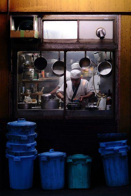tokyo kitchen / 東京都 / yale studio / flickr