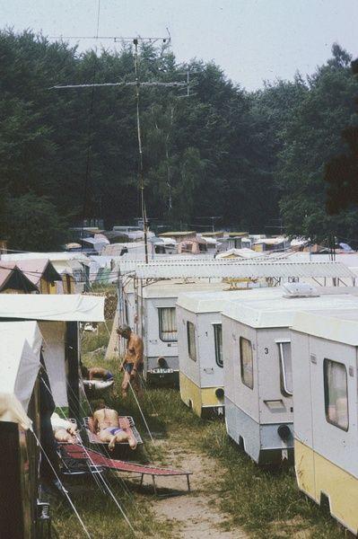 DDR. Zeltplatz (wahrscheinlich an der Ostsee) | Bild: Danigel, Gerd (Fotograf) (1985) | Deutsche Fotothek