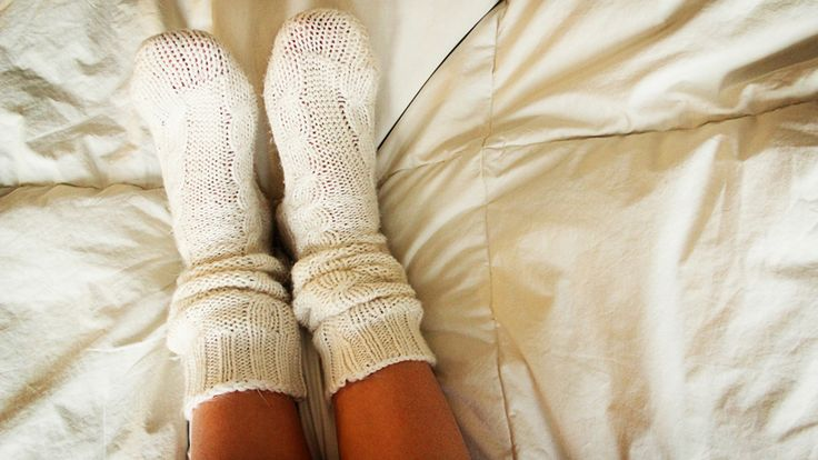 Imagine waking up at night with a swollen big toe so sensitive that even the weight of your sheets is painful. What could it be?  www.myfeethurt.net