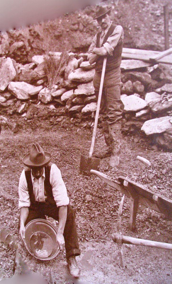 Gold mining days in Arrowtown.