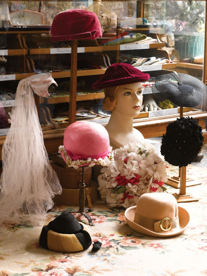 1920s-30s  By the Twenties, French couture houses such as Molyneux, Lanvin and Patou   were selling hats alongside their dress collections, and the cloche became the flapper's headgear of choice.