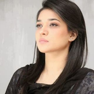Awesome Clicks Of Sanam Jung 2013