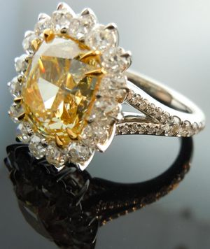 canary yellow diamond ring-beautiful~my favorite color and birthstone