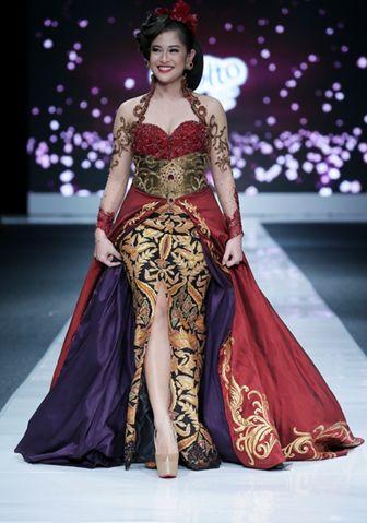 Model Kebaya Dress Panjang Elegan