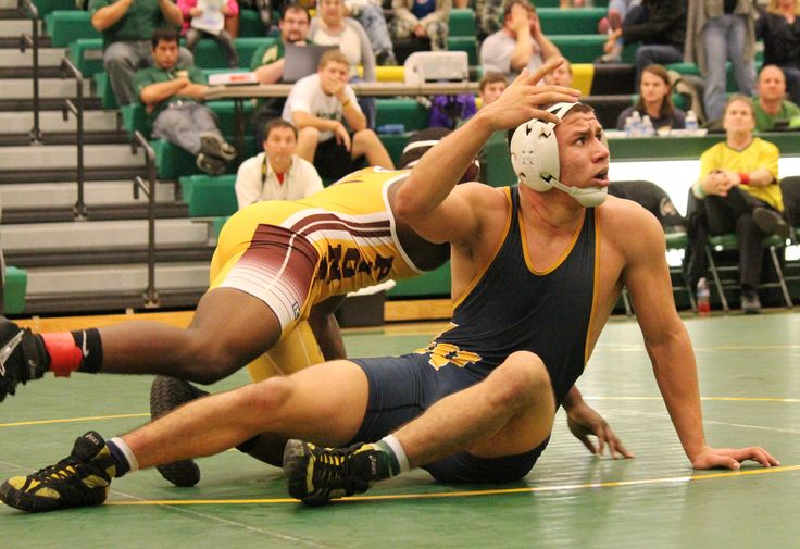 Kalin Collins avenges loss to Saul Ortiz at Bishop Carroll | Wrestling  - Home