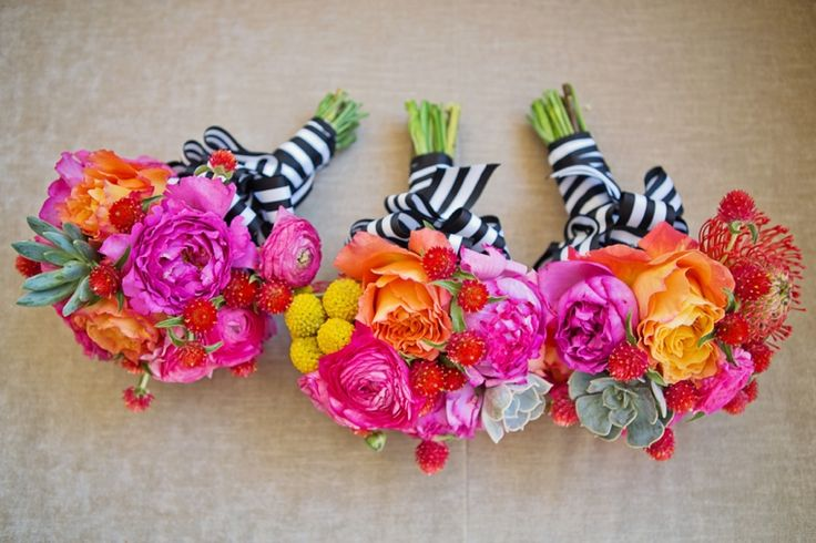 A Colorful Great Gatsby Inspired Wedding I like this blog.