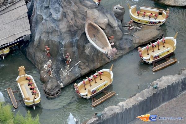 12/13 | Photo de l'attraction Raratonga située à Mirabilandia (Italie). Plus d'information sur notre site http://www.e-coasters.com !! Tous les meilleurs Parcs d'Attractions sur un seul site web !!