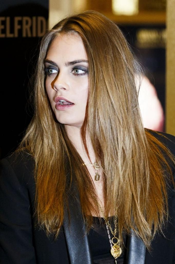 Cara Delevingne - YSL Loves Your Lips Launch in London : Global Celebrtities (F) FunFunky.com