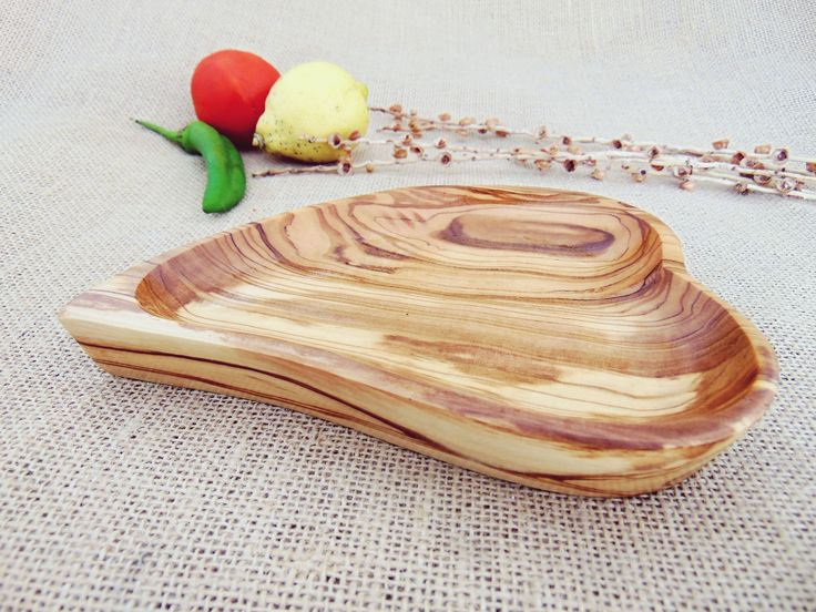 Excited To Share The Latest Addition To My Etsy Shop Christmas Gift Sale Hand Carved Wooden Heart Shaped Bowl Kitchen Bowls Heart Shaped Bowls Rustic Bowls