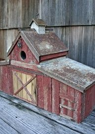 Barn birdhouse with rooster