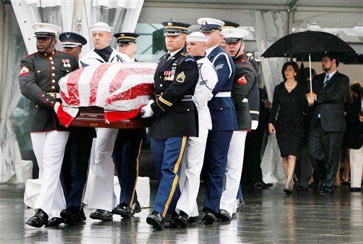 Senator Edward Kenedy Casket: Death & Funeral Of Senator