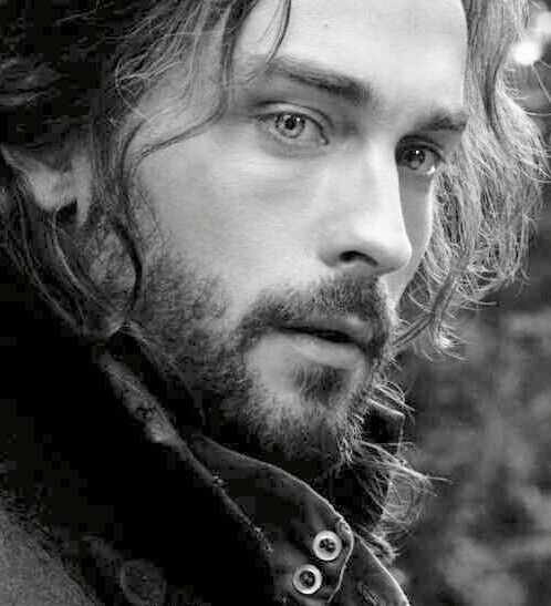 Now when I read Lord John Grey in Diana Gabaldon's Outlander books, I hear Ichabod...