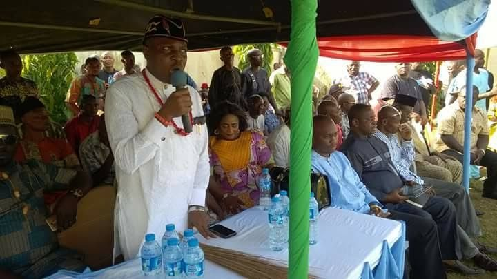 By Anietie Esu  A Federal Commissioner representing Akwa Ibom State in the National Population Commission NPC Chief (Engr) Ben Ukpong has emerged the leader of the All Progressives Congress APC in Oro Nation (Oron Federal Constituency) comprising Oron Mbo Urue Offong Oruko Okobo and Udung Uko local government areas.  Engr Ukpong was chosen as the political leader by the stakeholders' and the entire members of the APC in Oro Nation during a stakeholders' meeting of the party held at his…