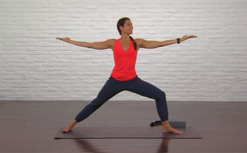 25-minute yoga for runners instructional video | Runner's World