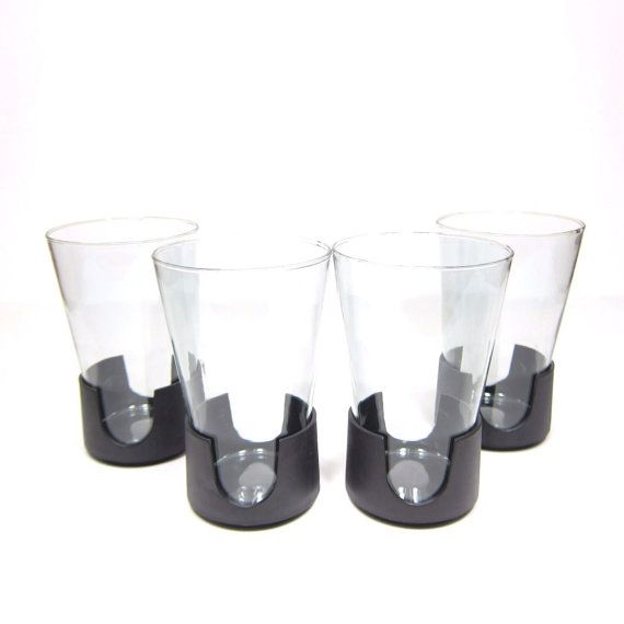 Corning Glass Snap Vintage Glas-Snap Set 4 Plastic and Glass Retro Tumblers by AmbassadorGrooviness