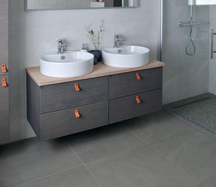 Er dere flere som deler bad? Med dobbelvask slipper dere å dele vasken om morgenen. Hvem kunne tenkt deg å dele denne med?