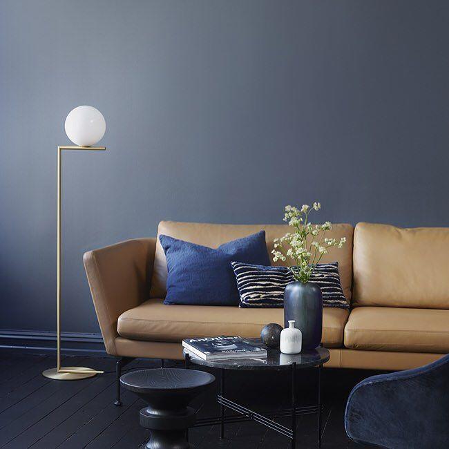 Klar for nytt år nye muligheter og nye farger? :) LADY 4477 Deco Blue fra det nyeste LADY-fargekartet har blitt manges favorittfarge allerede. Ekstra vakker og sofistikert blir den med den supermatte LADY Pure Color.  #godtnyttår #ladydecoblue #jotunlady #jotun #trender #inspirasjon #interior by jotunlady
