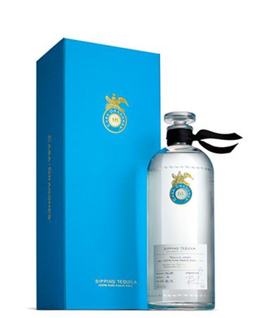 Tequila Casa Dragones Joven: small batch, 100% Pure Blue Agave sipping tequilas, crafted in Mexico with meticulous attention to detail. Taste the difference!