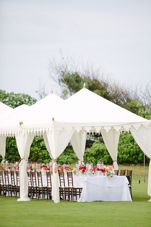 Tent and King Table at Turtle Bay & 153 best Wedding | Tents images on Pinterest | Tents Dream wedding ...