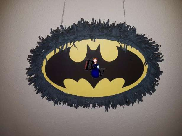 Piniata Batman Iasi - imagine 1