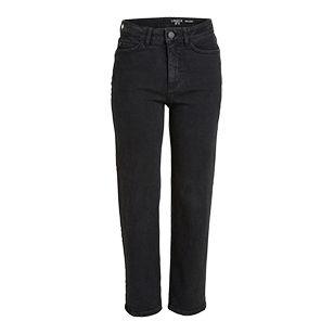 En svart jeans med høyt liv og rett passform som gir antrekket et moderne og stilig preg.