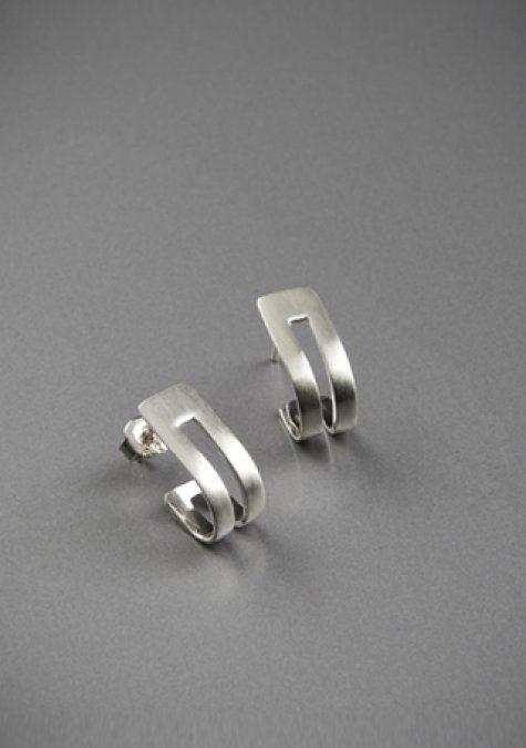 band silver earring - modern and elegant silver earring