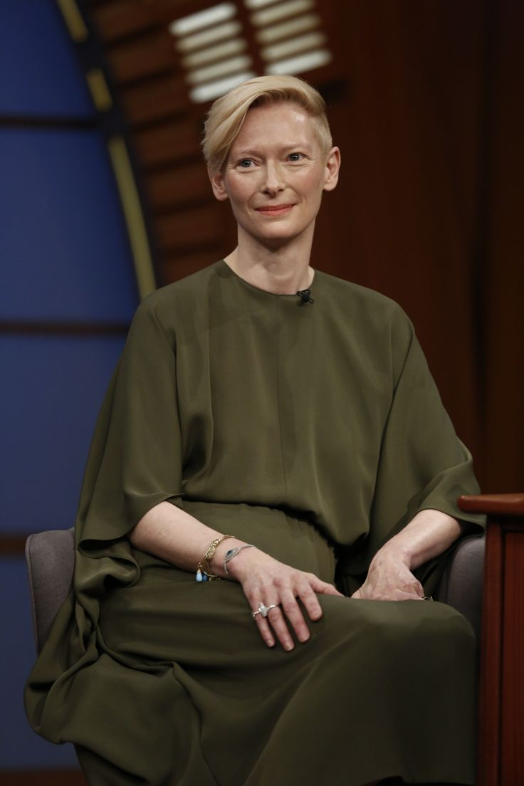 Tilda Swinton wears a Valentino Fall 2014  chiffon gown on 'Late Night with Seth Meyers' , March 13th, 2014