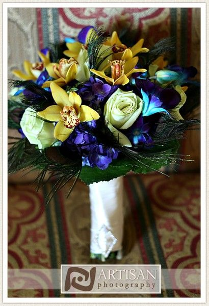 peacock wedding bouquet peacock-wedding-inspiration