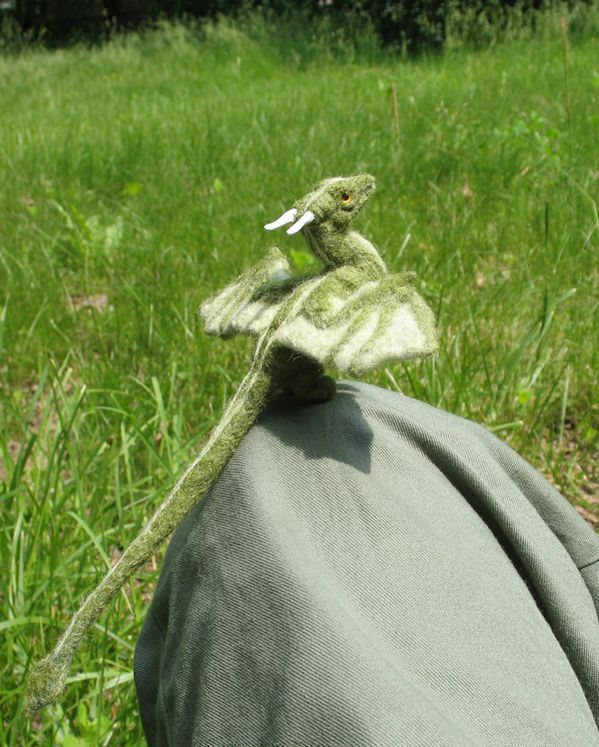 Wool felt needle felted dragon. About to fly. Long long tail, horns. Gorgeous ♥
