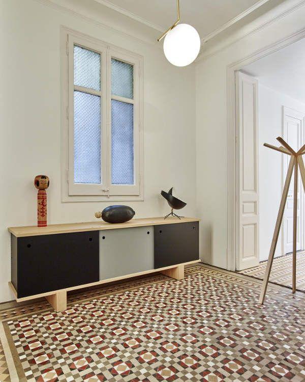 La renovaci n de un piso en l 39 eixample barcelon s for Decoracion piso eixample