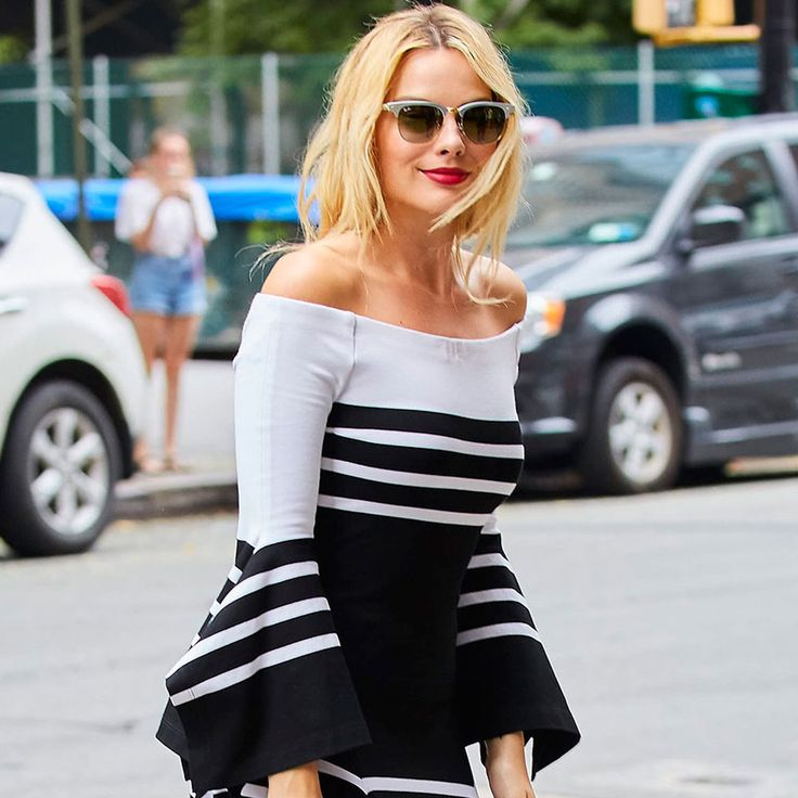 Margot Robbie Proves This Major Trend Isn't Going Anywhere