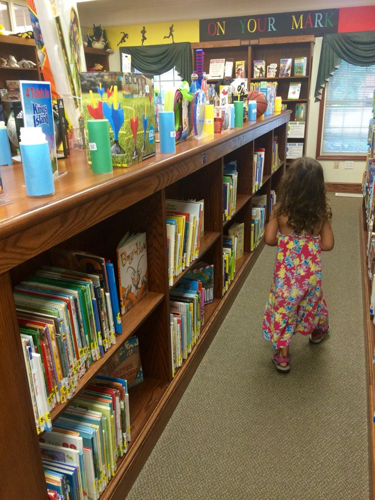 So many choices so few tickets ;) Summer Reading Program final day : Cridersville Library