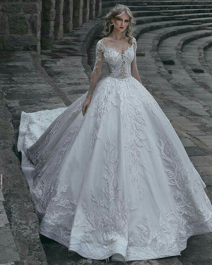 be70e57801b23 İnanılmaz güzel   GELİNLİK   Gelinlik, Gelinlik stilleri, Prenses  gelinlikleri