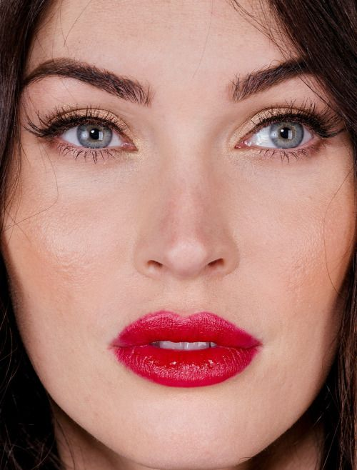 megan fox - more close-ups of megan can be found here megan fox makeup red lips brows celebrity celebs celebritycloseup celebrities celeb