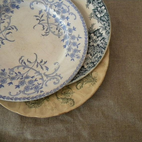 French vintage plates blue and white with birds and flowers & 114 best Vintage plates images on Pinterest | Decorative plates ...