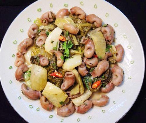 Bữa cơm chiều nhiều món ngon miệng - http://congthucmonngon.com/202461/bua-com-chieu-nhieu-mon-ngon-mieng.html