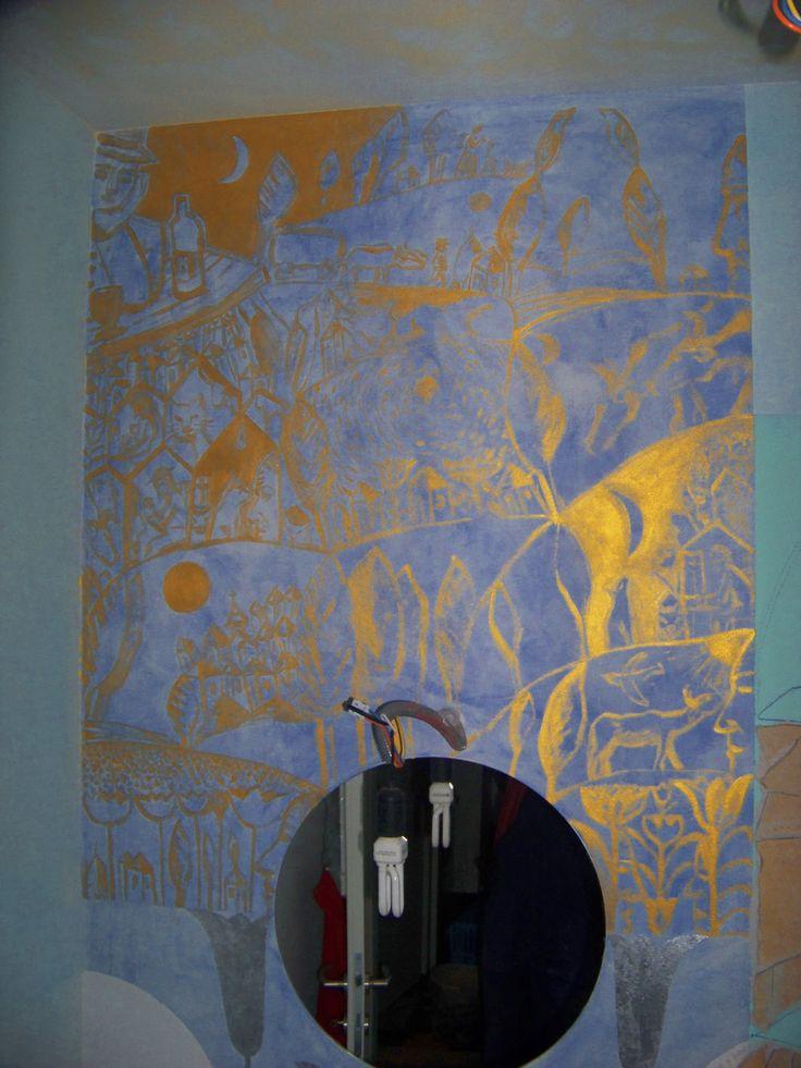 contemplatie bahica.desen stralucitor pe zid.acrilc auriu.zid.