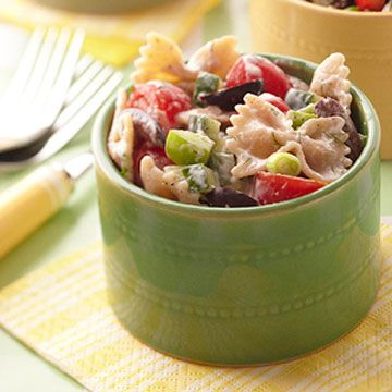 Ingredients like Kalamata olives, fresh herbs, cucumber, and Greek yogurt give a Mediterranean twist to a summertime favorite. For just 100 calories per serving, enjoy this low-carb pasta guilt-free.
