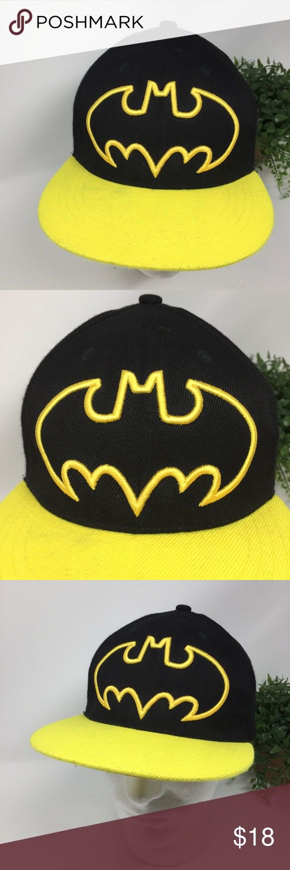 Six Flags Grand Prairie TX Batman Flat Bill Hat This listing is for a Six Flags Over Grand Prairie TX Batman Black Yellow Flat Bill Hat OS  EUC. Hat does not say LA Dodgers. I think it's an LA souvenir hat.  We LOVE finding unique and special hats ... of all kinds. Some are new and some have been pre-owned.   We sell NFL, NBA, NHL, and MLB hats. NCAA hats and NASCAR hats. And, we find other great hats like this one ...  Comes from a smoke free and pet free environment. Hat will be shipped in…