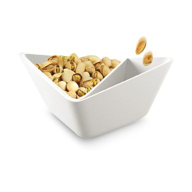 Produkten FORMINIMAL  NUT + OLIVE BOWL - NÖTSKÅL/ OLIVSKÅL säljs av Maija & Emma i vår Tictail-butik.  Tictail låter dig skapa en snygg nätbutik helt gratis - tictail.com