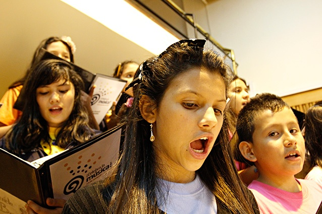 [Música ] .@CelebralaMusica El coro en ensayo (7) por .@EDWARDLORAM